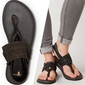 SANUK Yoga Sling 2 Black Gold Sandal Yoga Slides